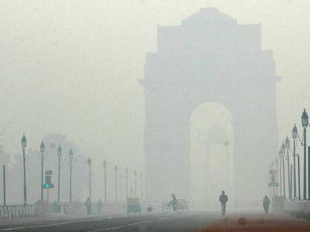 delhi fog के लिए चित्र परिणाम