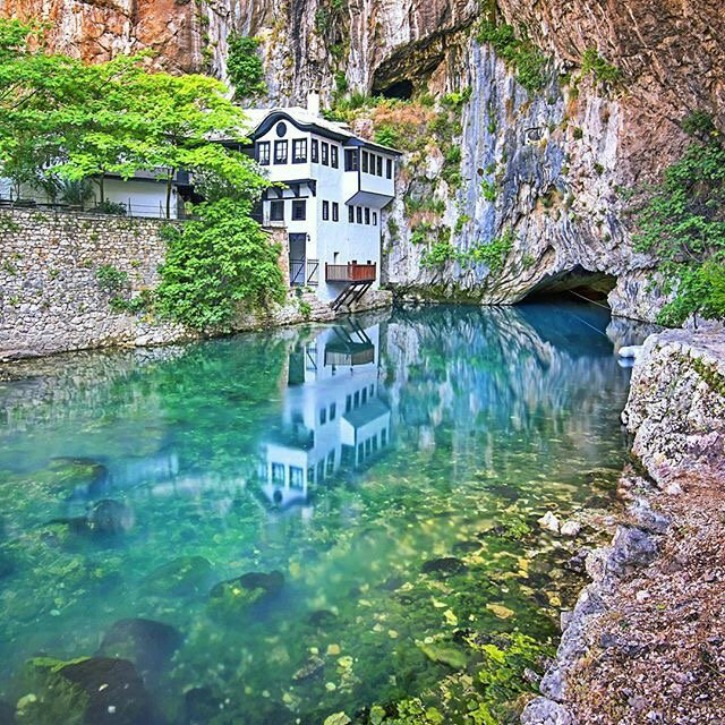 7 amazing places in the world unknown to people newsmobile for 7 most amazing places in the world