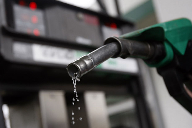 VAT , Manohar Parrikar,, Goa, 6% reduction, petrol,