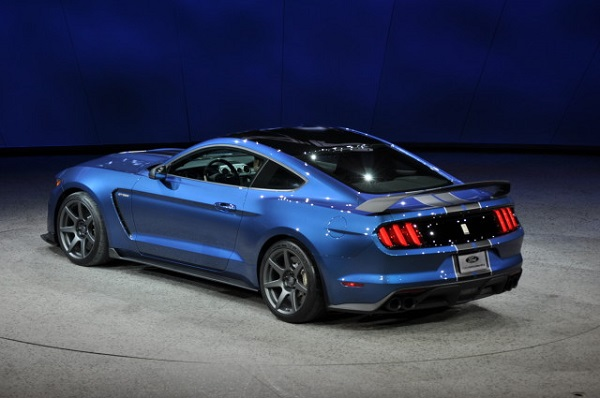 Ford Mustang to go Hybrid by 2020