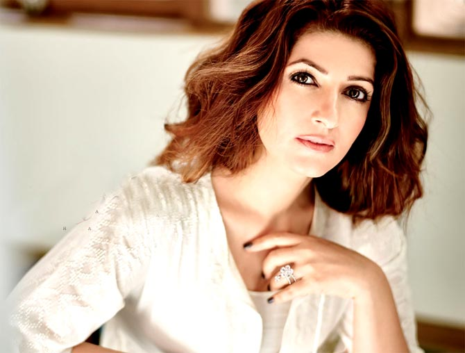 Twinkle Khanna is utterly confused; find out why