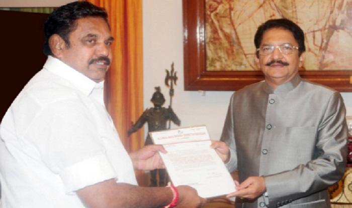 e-palanisamy-with-governor-2