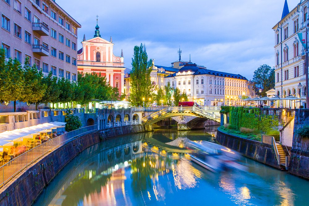 k-is-for-kani-ljubljana-slovenia-tourism-travel-diary-guide-tips-things-to-do-blog-2-110