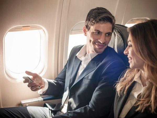 chatting-passengers