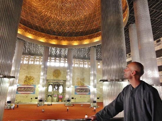istiqlal-mosque-mesjid