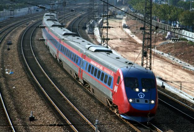 Delhi, Varanasi, bullet train