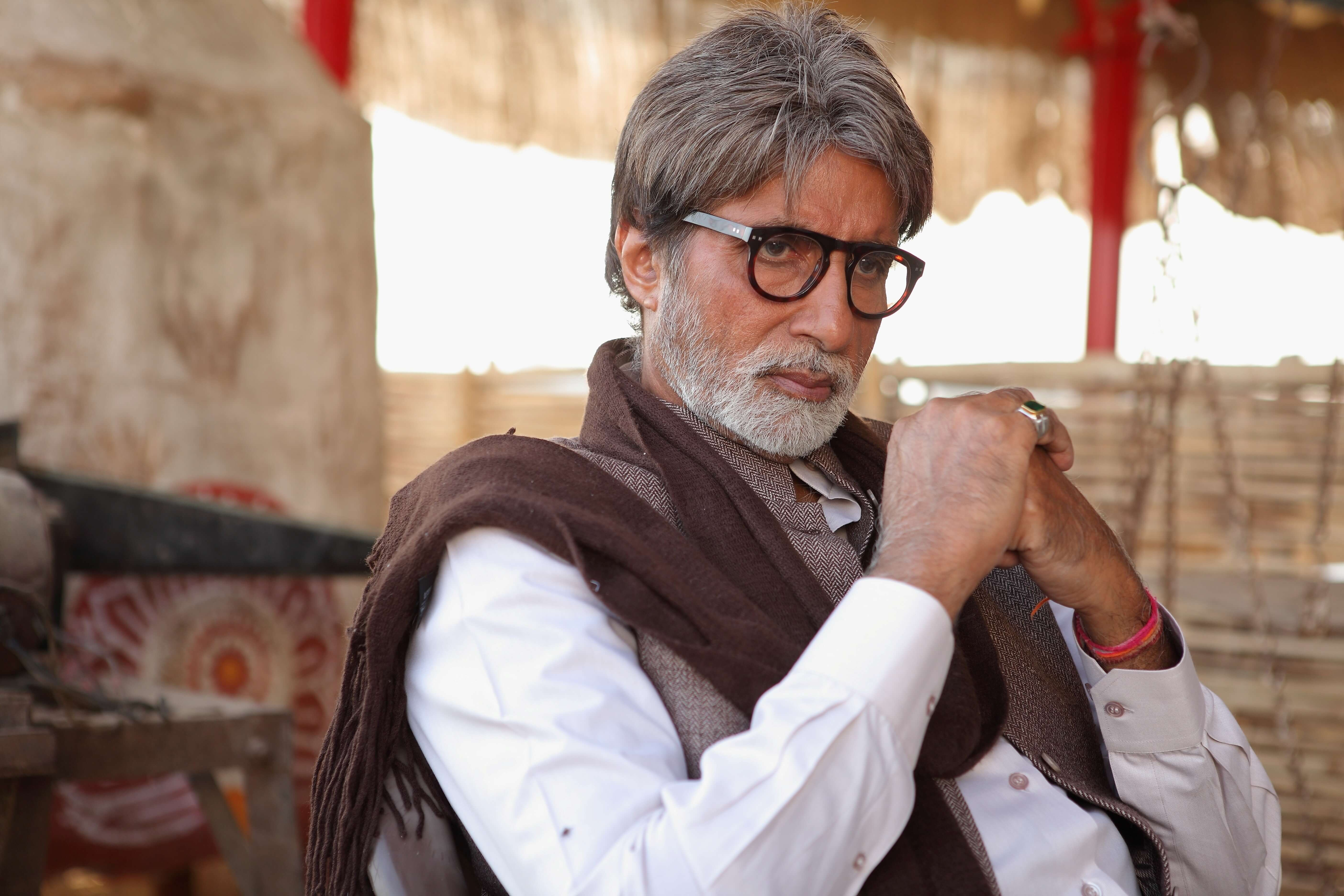 nice_hd_photo_of_amitabh_bachchan_famous_indian_celebrity-1