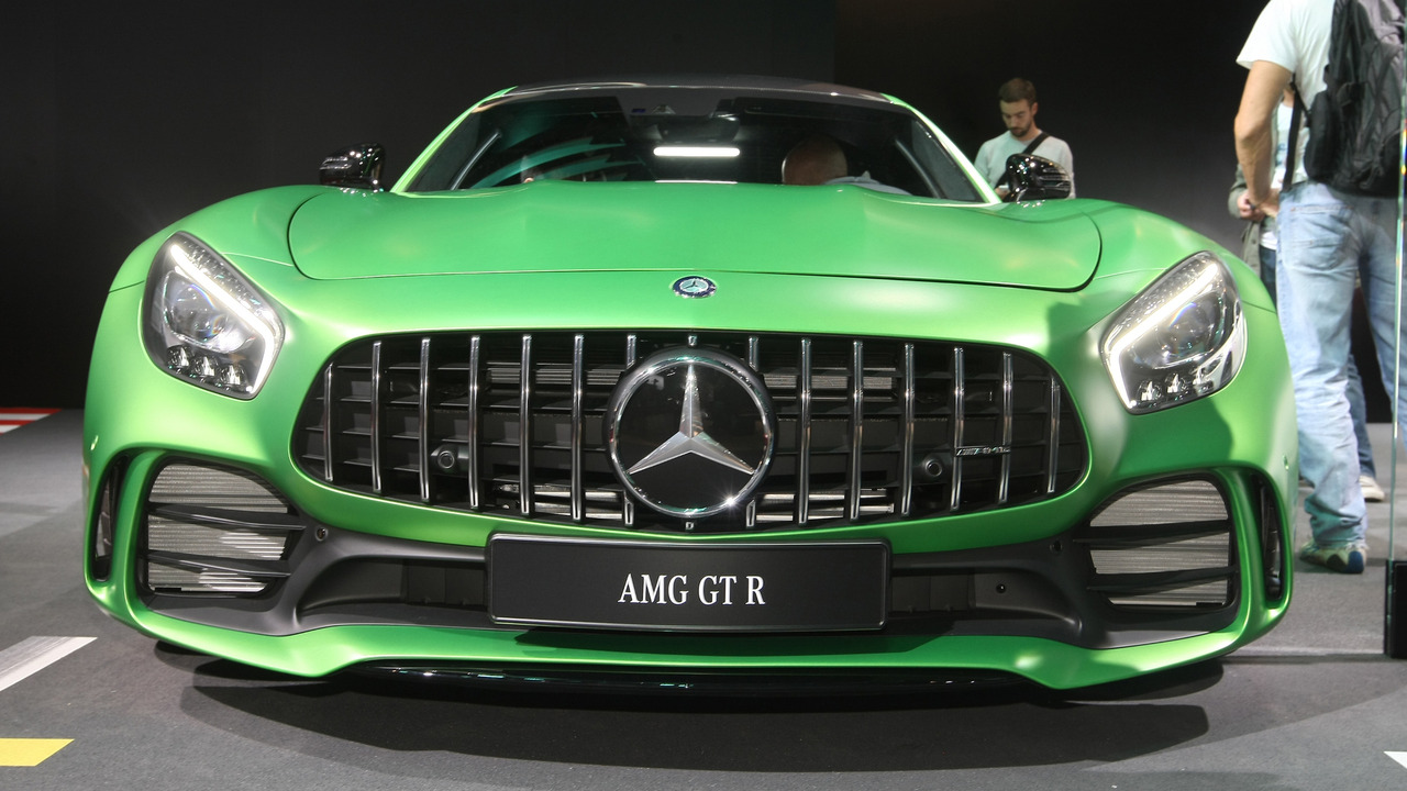 mercedes amg gt roadster and gt r launched in india newsmobile. Black Bedroom Furniture Sets. Home Design Ideas