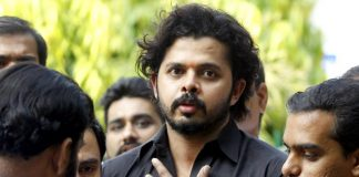BCCI, lifting, life ban, S Sreesanth, Kerala High Court, Sports, NewsMobile, Mobile News, India