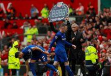 Wayne Rooney, Manchester United, Jose Mourinho, Old Trafford, Premier League, Football, NewsMobile, Sports, Mobile News, India