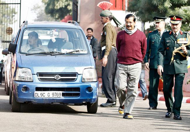 Delhi Chief Minister, Arvind Kejriwal, famous, blue WagonR, stolen, WagonR, Delhi, City, NewsMobile, Mobile News, India