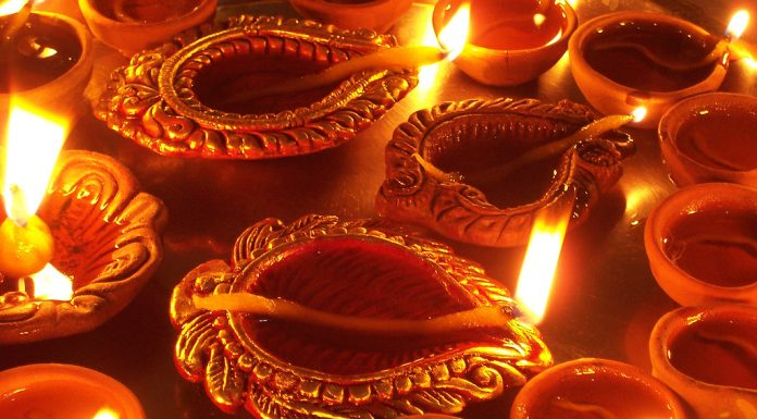 Diwali, decorations, DIY, Diya, lamps, lights, rangoli, candles, eco friendly, environment