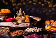 Dhanteras, Festval, Diwali, Festivities, Jewellery, Bollywood, Gold, Metal, Purchase, Market, Lights