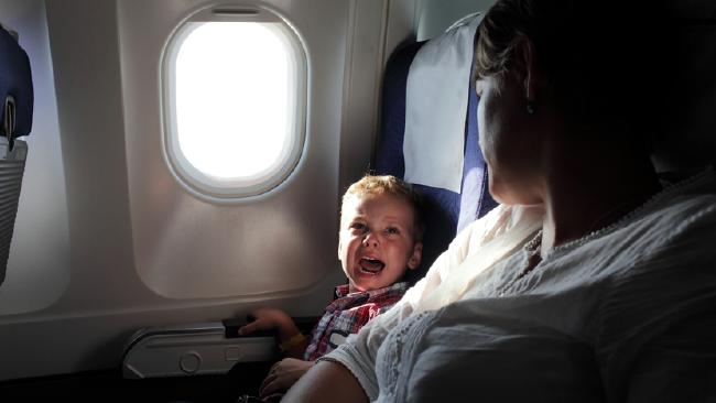 crying-child-in-plane