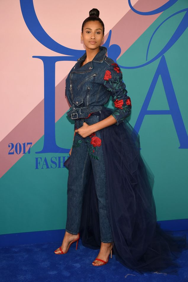 NEW YORK, NY - JUNE 05: Imaan Hammam attends the 2017 CFDA Fashion Awards at Hammerstein Ballroom on June 5, 2017 in New York City. (Photo by Dimitrios Kambouris/Getty Images)
