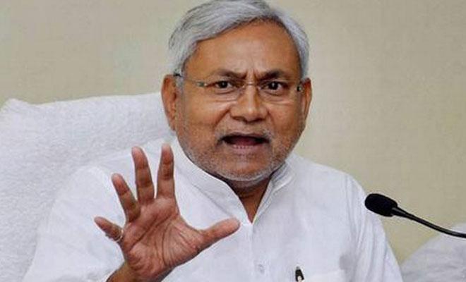 http://www.ndtv.com/india-news/ndtv-journalist-munne-bharti-forced-to-say-jai-sri-ram-nitish-kumar-condemns-attack-1719874